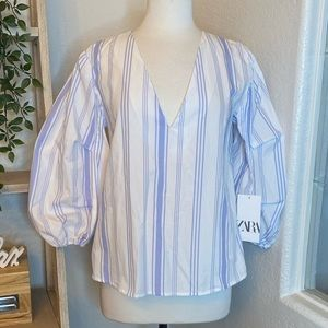 🆕Zara striped ballon sleeves top
